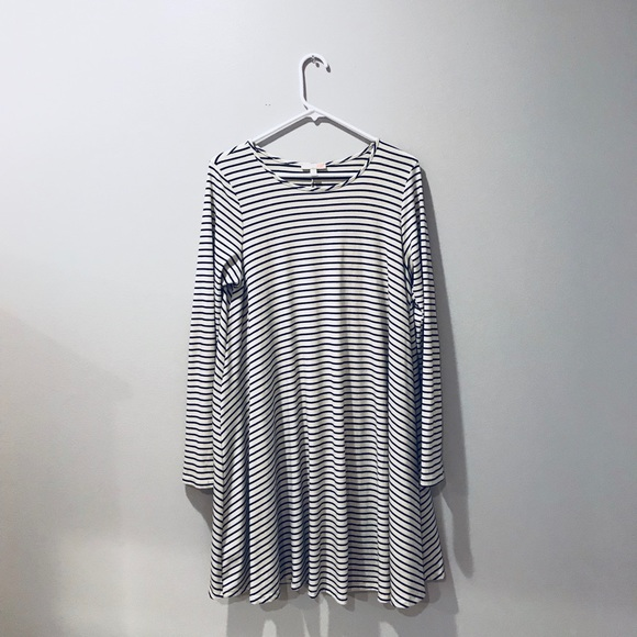 a853952de50 Long sleeve striped dress
